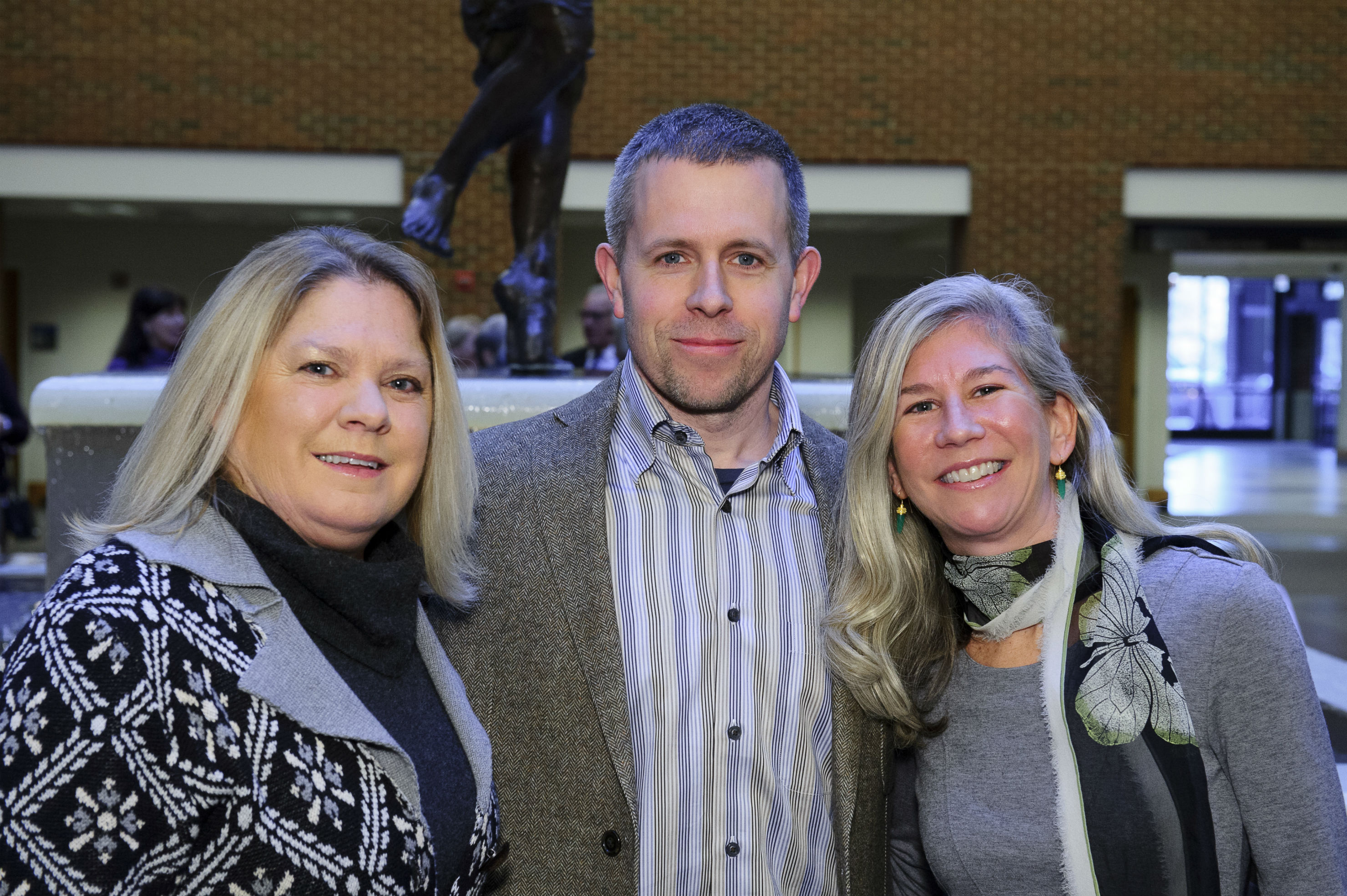 ACE 2014 co-chairs Debbie Hulick (left) and Susan J. White with artist Jonathan Rutledge